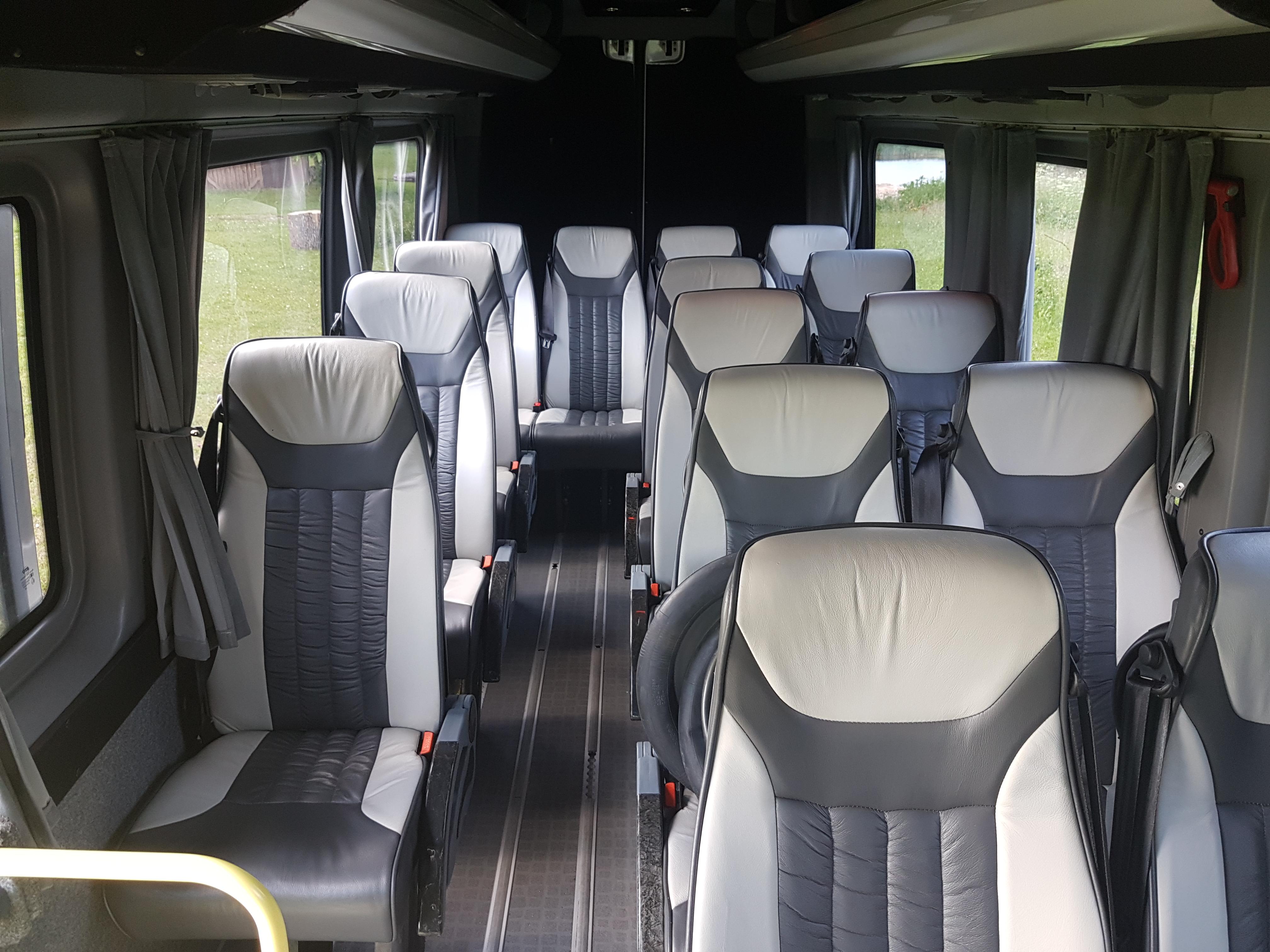 mikroautobuso nuoma su vairuotoju 20 vietu